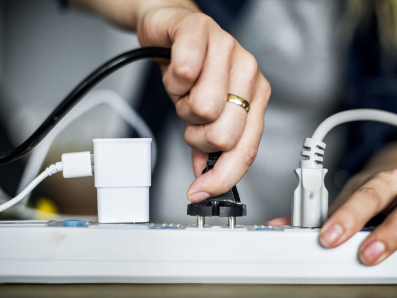 Using a power generator at home - Homemakers Online
