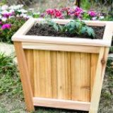 Vermont Shows Us How to Make: An Angled Cedar Planter
